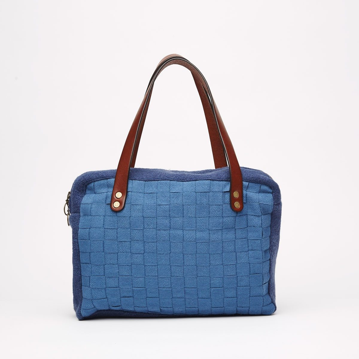 FW1819LC1 5 front min 1200x1200 - Woolness